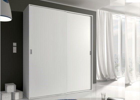 armario puertas corredera color blanco 560x400 2